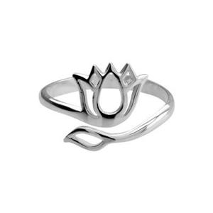 SR231: 2.4mm Adjustable Finger Ring with 10.4x12.2mm Lotus