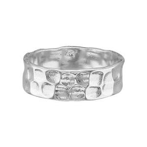 SR728: Sterling Silver 7mm Hammered Ring Band